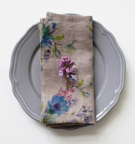 natural-flowers-print-napkins