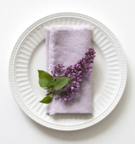 vintage_pink_lavender_napkins_with_fringes